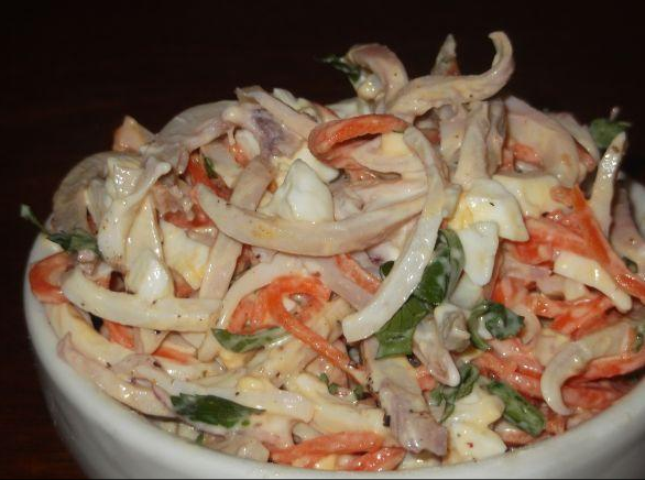 Вкусные салаты из кальмаров