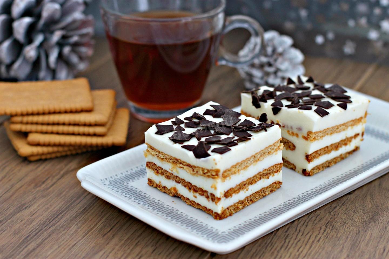 Торт из печенья без выпечки на сгущёнке