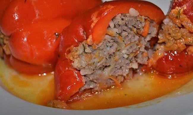 Фаршированные перцы с фаршем и рисом - пошаговые рецепты приготовления перцев с мясом