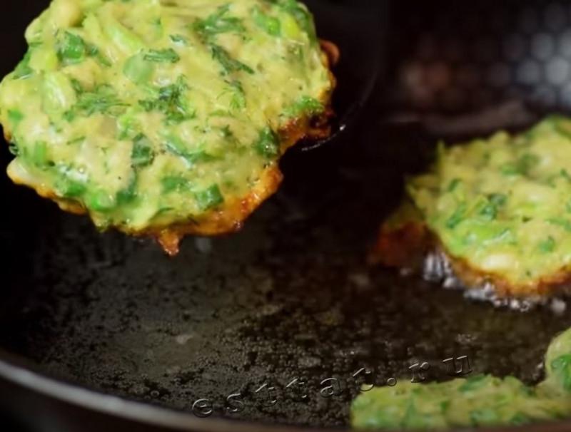 Кабачковые оладьи - рецепт простой и вкусный