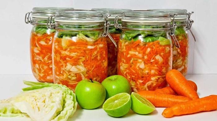 Салат из капусты на зиму в банках — очень вкусные рецепты «Пальчики оближешь»